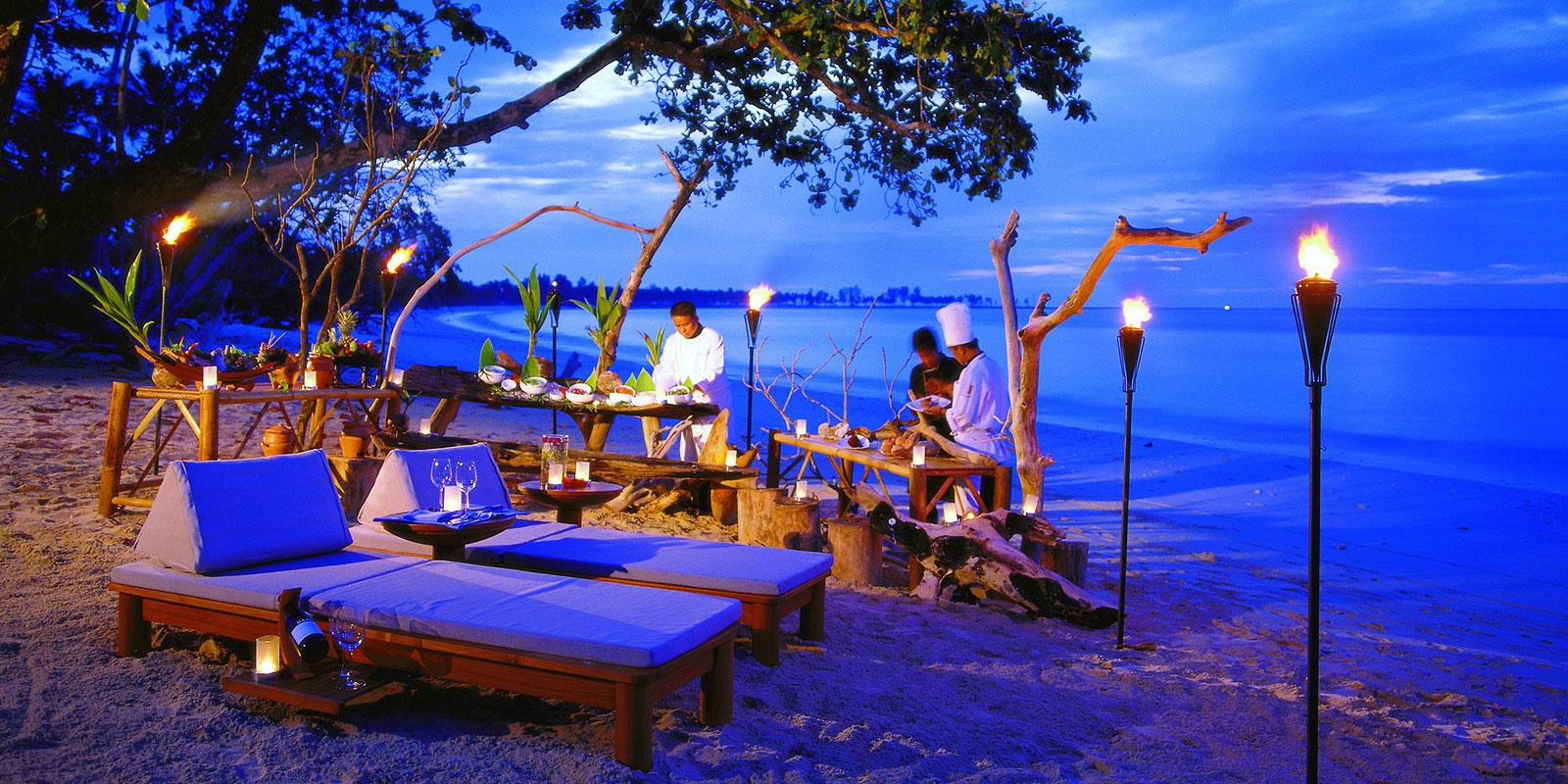 Private Dining Sarojin Khao Lak Thailand Boutique Beach Resort Luxury Hotel